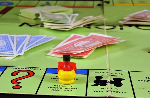 desková hra monopolly.jpg